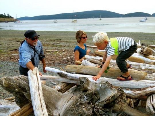Building A Beach House With Findlay & Amanda