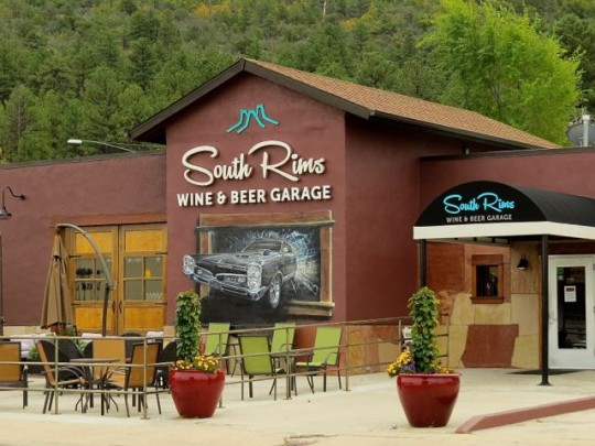 South Rims Wine And Beer Garage
