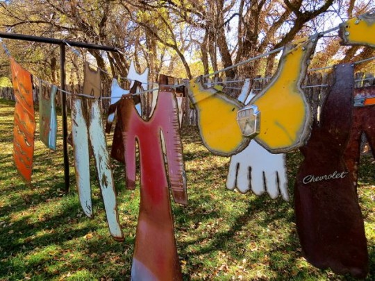 Clothesline Sculpture At Shidoni