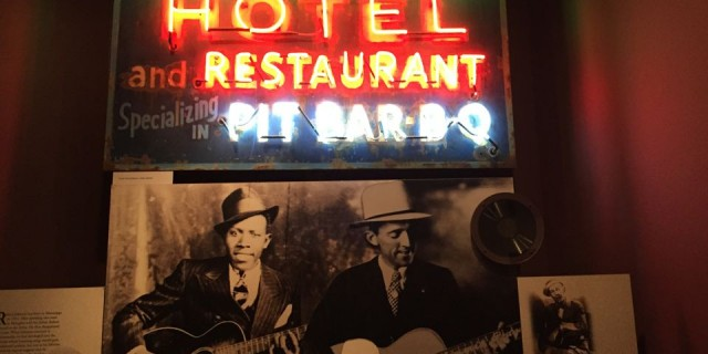 Blues & Barbecue: Memphis, TN