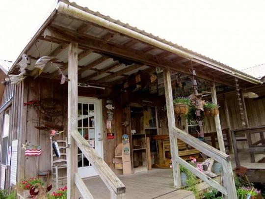 Poche's Fish-N-Camp